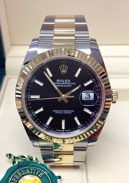Rolex Datejust 126333 Mens 41mm 18k Yellow Gold Automatic Watch